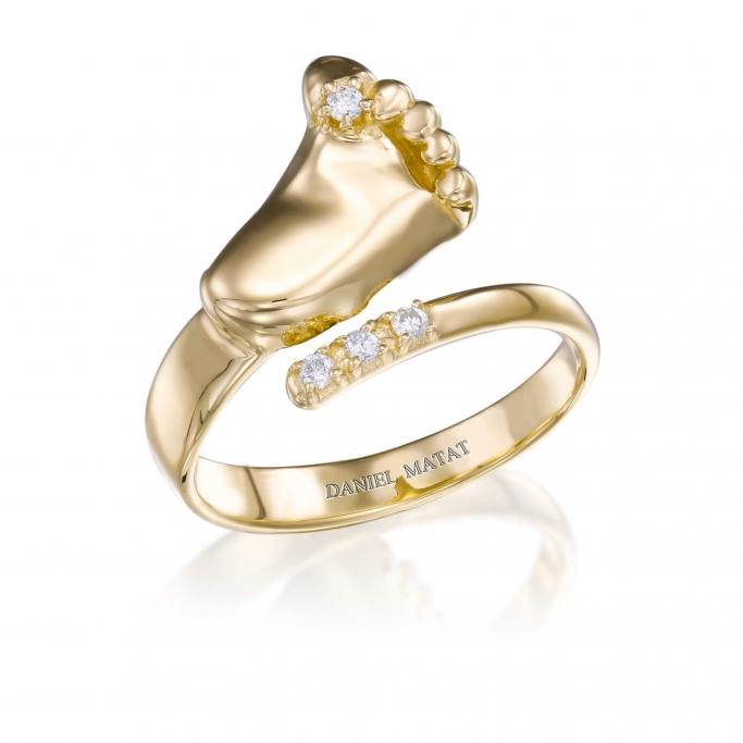 טבעת רגל יהלומים