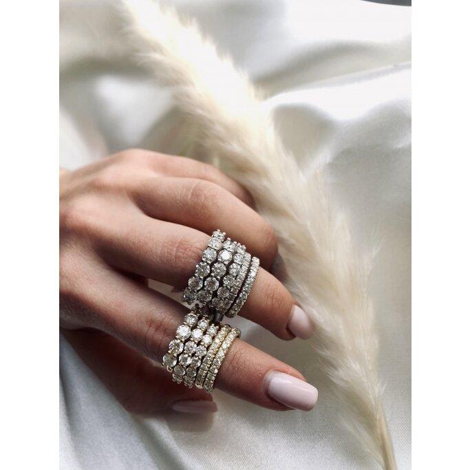 טבעת חצי נישואין U יהלומים בל - Belle