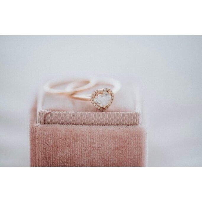 טבעת יהלומים לב