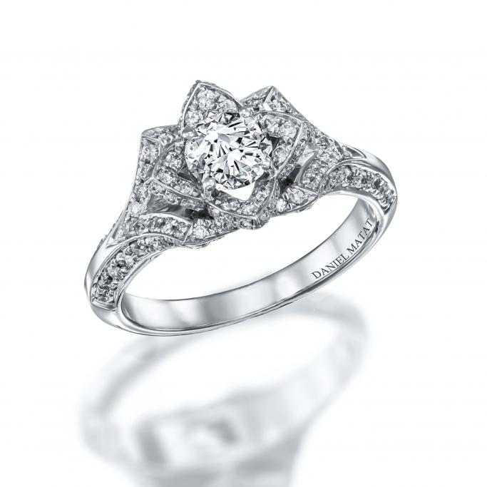 טבעת יהלומים פרח 006