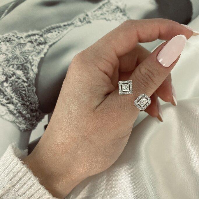 טבעת יהלומים פרינסס ואמרלד