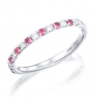טבעת חצי נישואין יהלומים ואבני חן ורודים