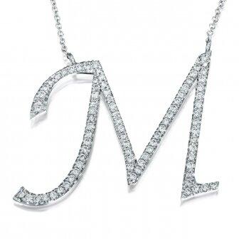 שרשרת אות  M יהלומים 3cm