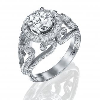 טבעת יהלומים מעוצבת בסגנון מלכותי