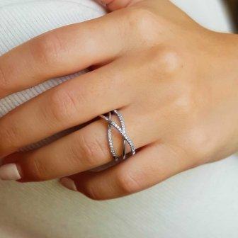 טבעת מעוצבת RZ18